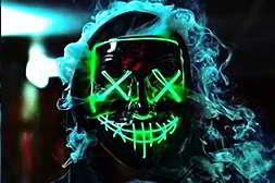 маска судная ночь яркая