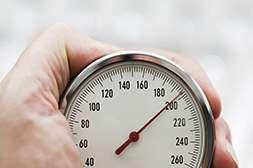 Гипертон нормализует давление